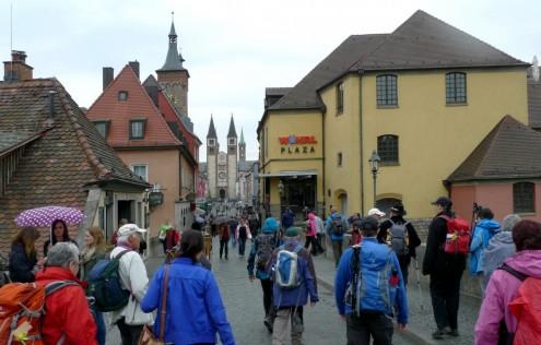 2015-04-25-wuerzburg_alte_mainbruecke